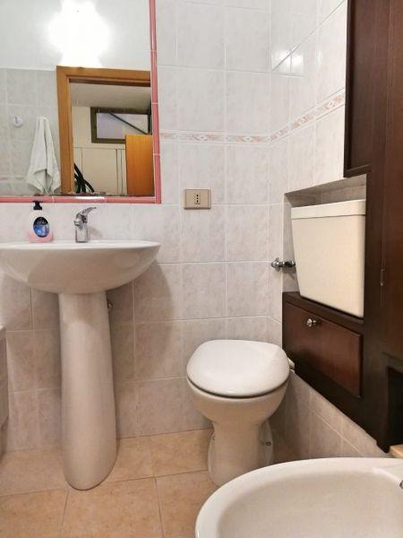 Bagno 2 Affitto Villa  110122 Pula