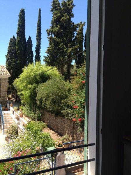 Vista dalla casa vacanze Affitto Appartamento 113832 Le Lavandou