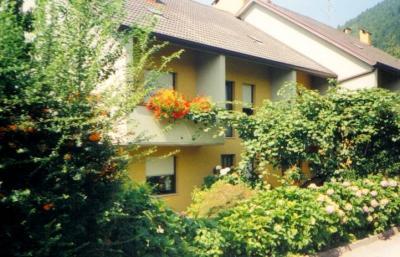 Vista esterna della casa vacanze Affitto Appartamento 76196 Levico Terme