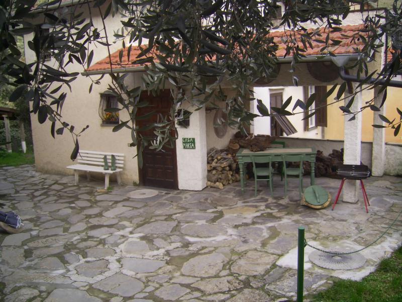 Vista esterna della casa vacanze Affitto Agriturismo 80842 Dolcedo