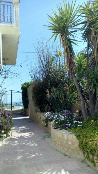 Vista esterna della casa vacanze Affitto Appartamento 104613 Ortona