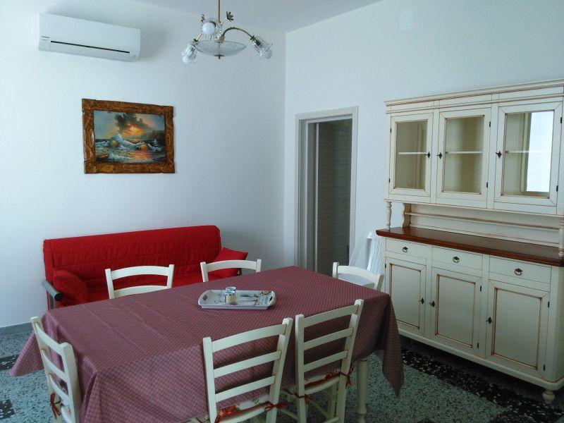Sala da pranzo Affitto Appartamento 113422 Porto Cesareo