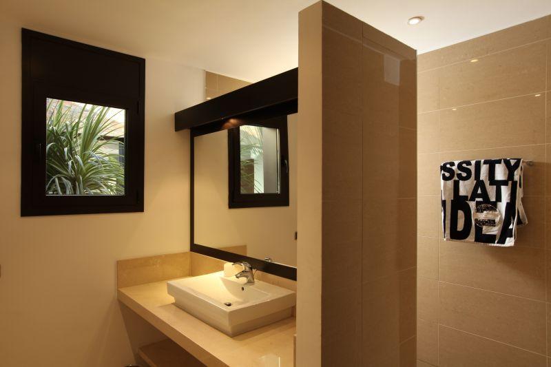 Affitto Villa  118156 Llança