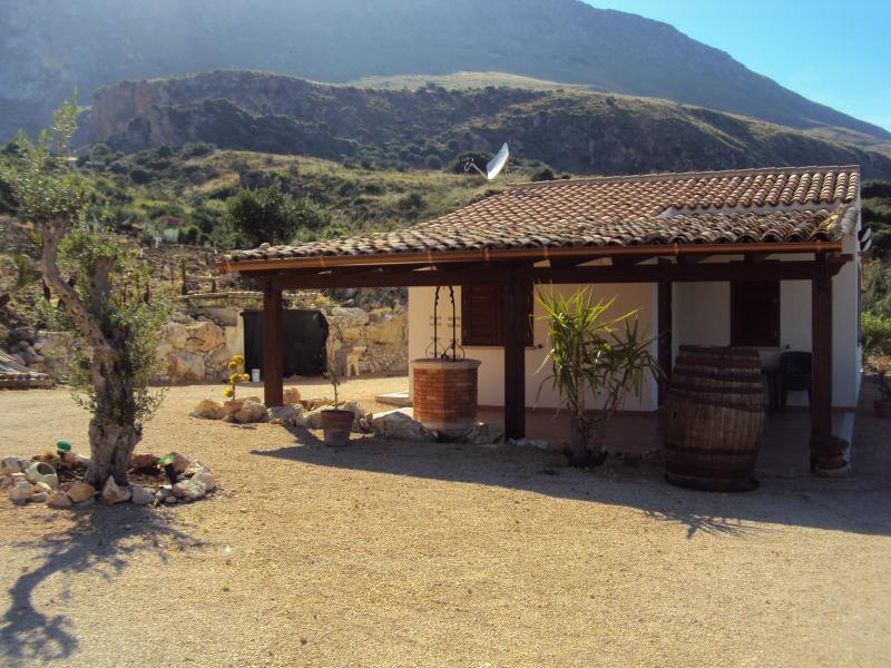Vista dalla casa vacanze Affitto Villa  66027 Scopello