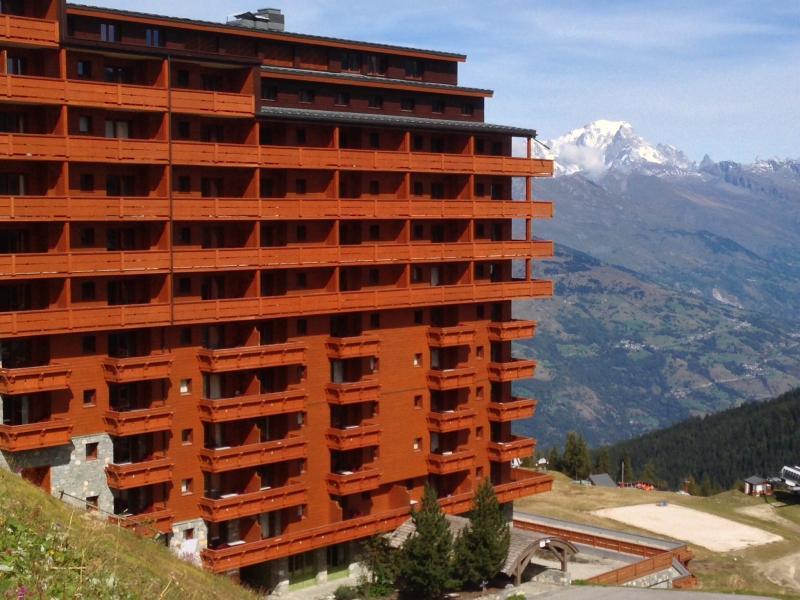 Vista esterna della casa vacanze Affitto Appartamento 80286 La Plagne