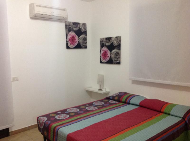 Camera 4 Affitto Villa  81007 Marina di Ragusa
