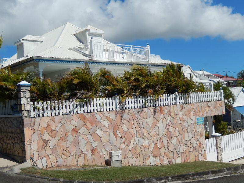 Vista esterna della casa vacanze Affitto Appartamento 82066 Saint Francois