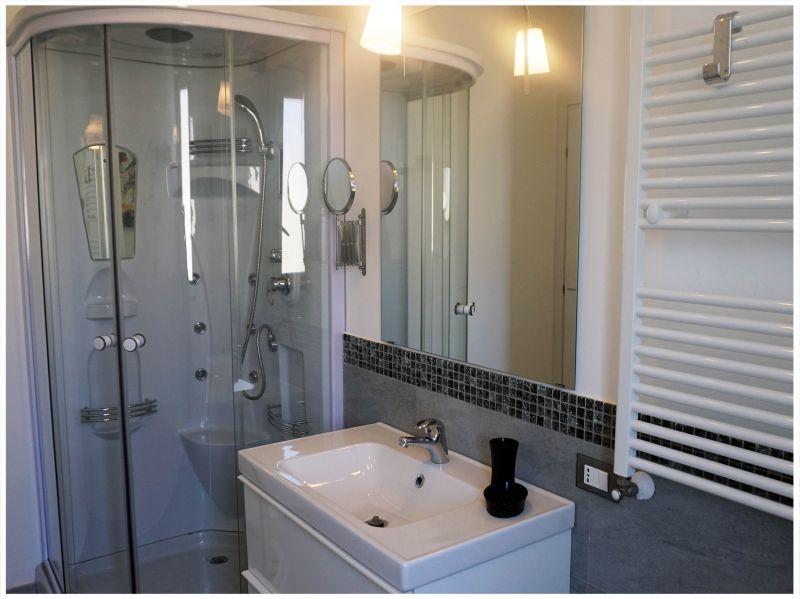 Doccia 1 Affitto Appartamento 85238 Cefalù