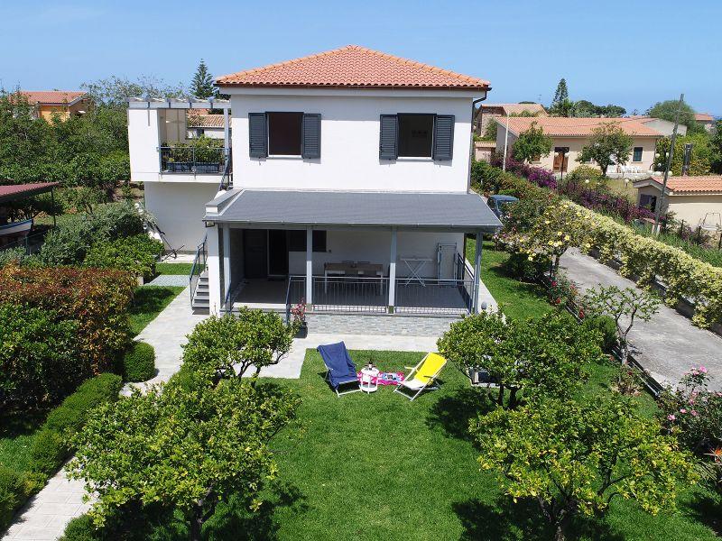 Vista esterna della casa vacanze Affitto Appartamento 85238 Cefalù