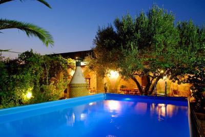 Piscina Affitto Villa  89294 Torre Suda