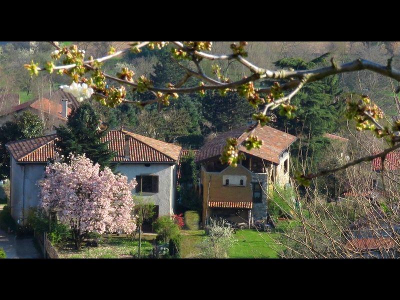 Vista esterna della casa vacanze Affitto Agriturismo 16078 Grenoble