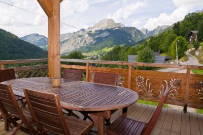 Vista esterna della casa vacanze Affitto Chalet 16141 Ch�tel
