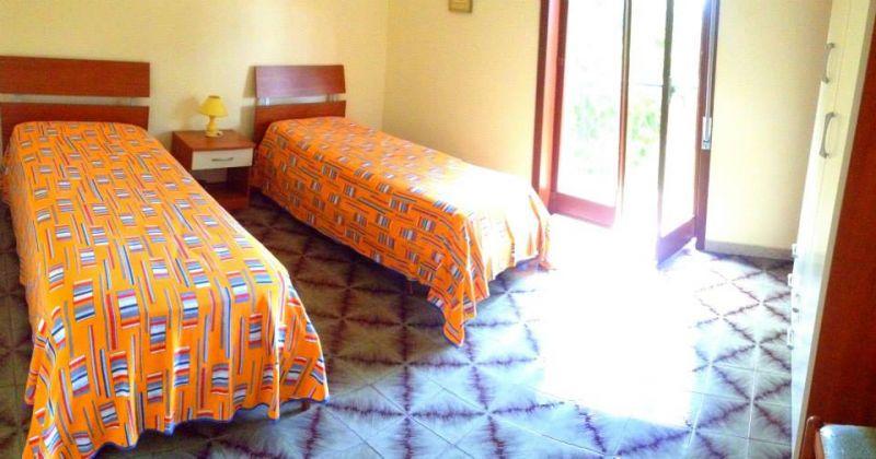 Camera 2 Affitto Villa  16606 Noto