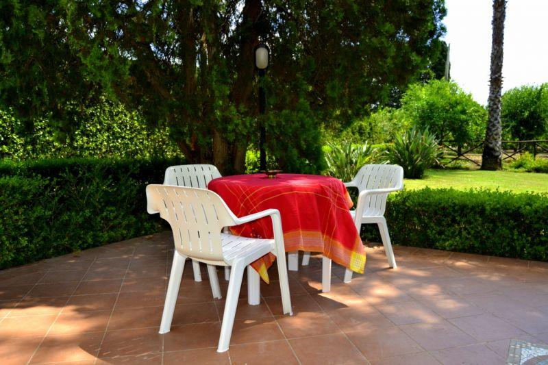 Veranda Affitto Villa  16606 Noto