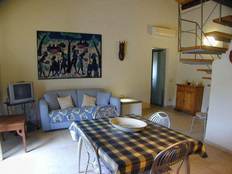 Soggiorno Affitto Appartamento 17539 Scopello