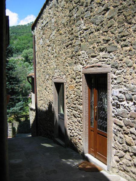 Entrata Affitto Appartamento 18953 Loro Ciuffenna