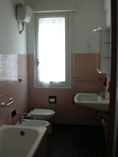 Bagno Affitto Appartamento 20299 Chiavari