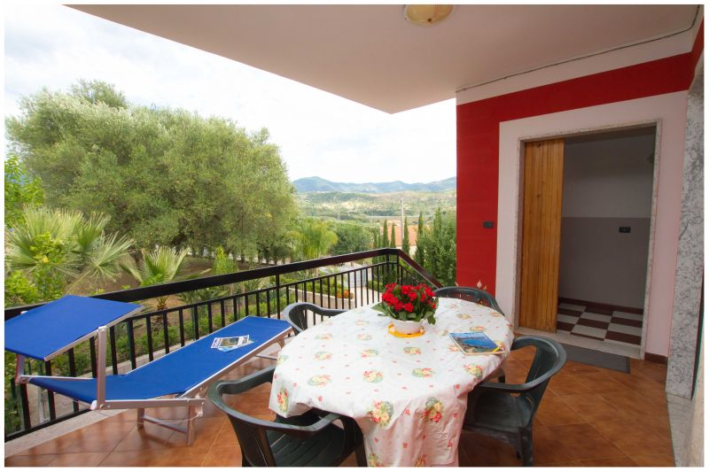 Entrata Affitto Villa  20490 Ascea