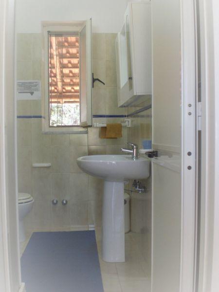 Bagno Affitto Appartamento 21885 Marina di Camerota