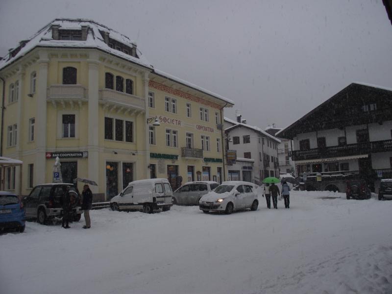 Vista nelle vicinanze Affitto Appartamento 26458 Cortina d'Ampezzo