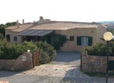 Vista esterna della casa vacanze Affitto Villa  27091 La Maddalena