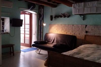Zona notte aperta Affitto Monolocale 29304 Portoferraio