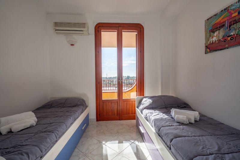 Camera 4 Affitto Villa  30459 Noto