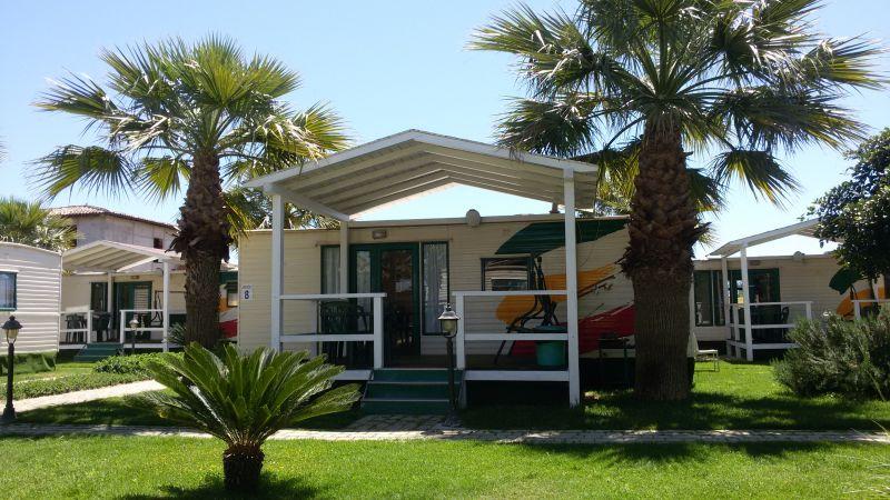Vista esterna della casa vacanze Affitto Casa mobile 32263 Lido di San Leone