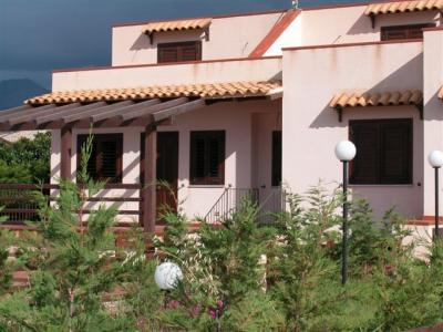 Vista esterna della casa vacanze Affitto Villa  32862 Cefal�