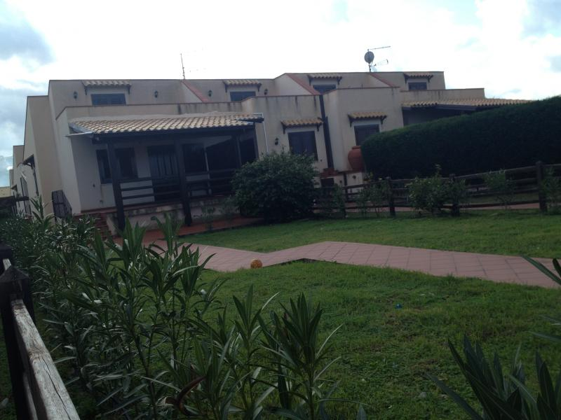 Vista esterna della casa vacanze Affitto Villa  32862 Cefalù