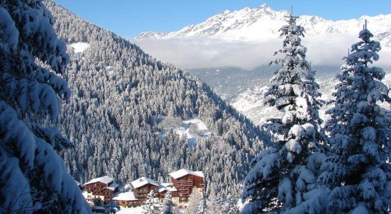 Vista nelle vicinanze Affitto Chalet 3291 Valfréjus