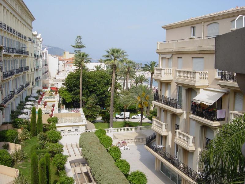 Vista dal balcone Affitto Appartamento 35730 Menton (Mentone)