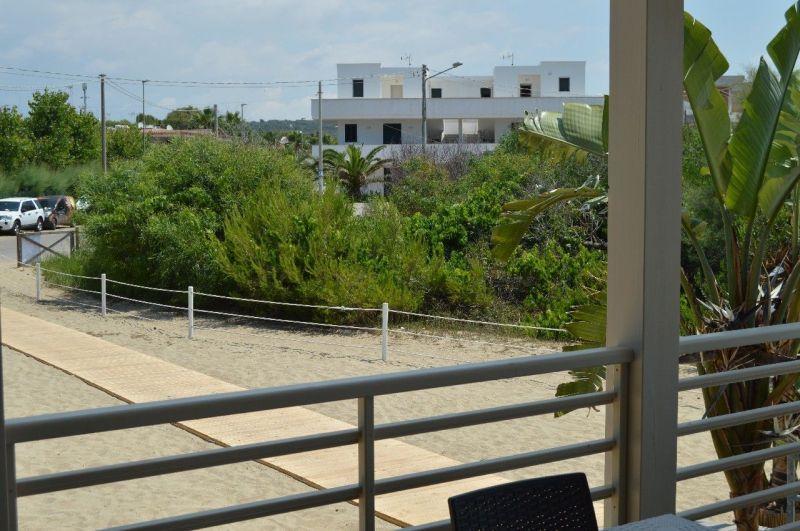 Vista esterna della casa vacanze Affitto Appartamento 35867 Lido Marini
