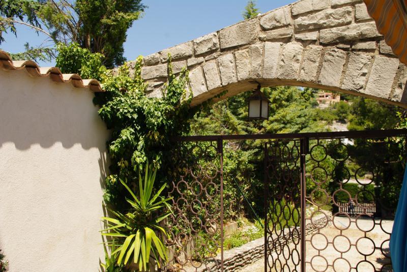 Vista esterna della casa vacanze Affitto Monolocale 37722 Cassis