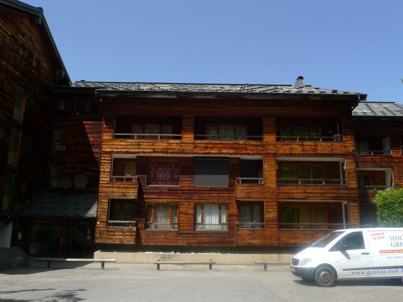 Vista esterna della casa vacanze Affitto Appartamento 38397 Saint Jean d'Aulps- La Grande Terche