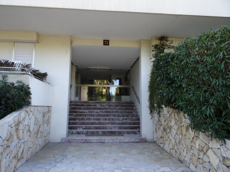 Entrata Affitto Appartamento 39310 Cannes
