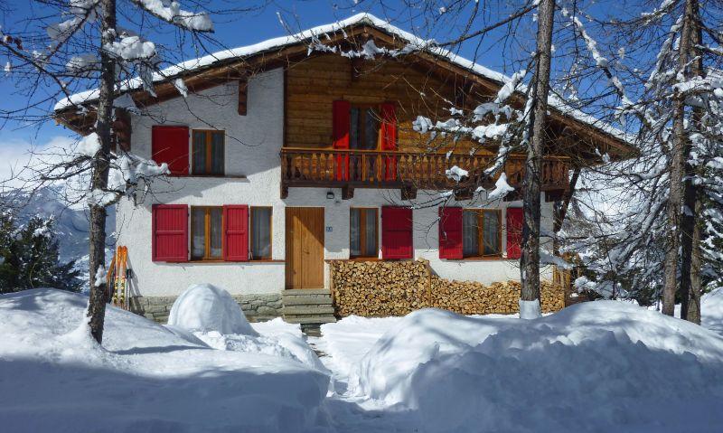 Vista esterna della casa vacanze Affitto Appartamento 39556 Pila