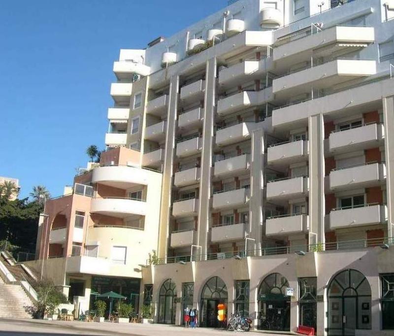 Vista esterna della casa vacanze Affitto Appartamento 40390 Nizza