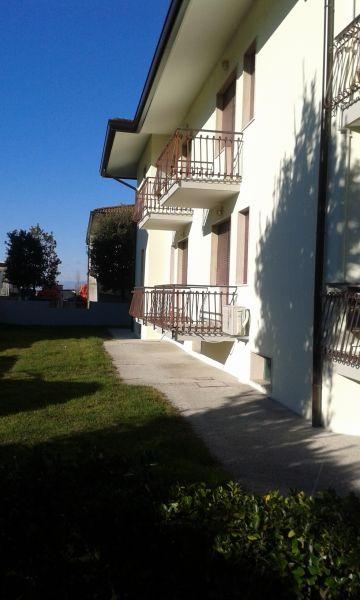 Vista esterna della casa vacanze Affitto Appartamento 41513 Eraclea Mare