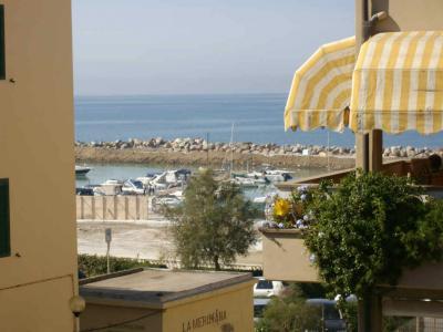 Vista dalla casa vacanze Affitto Appartamento 42077 San Vincenzo