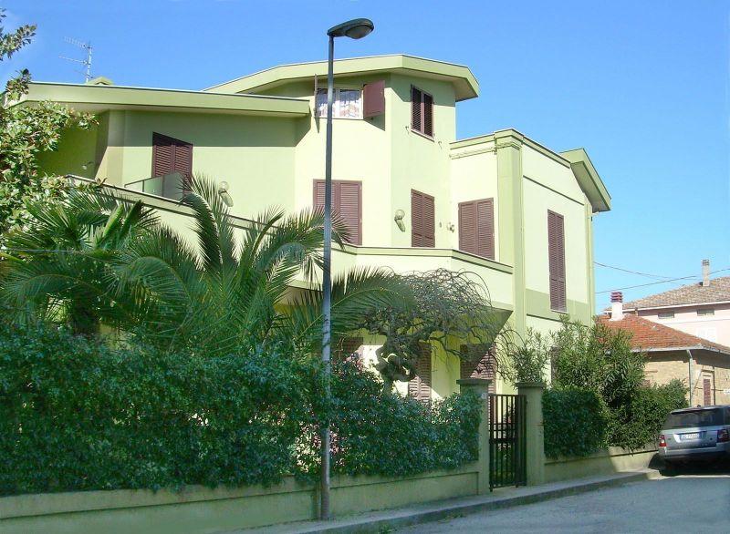 Vista esterna della casa vacanze Affitto Appartamento 45432 Roseto degli Abruzzi