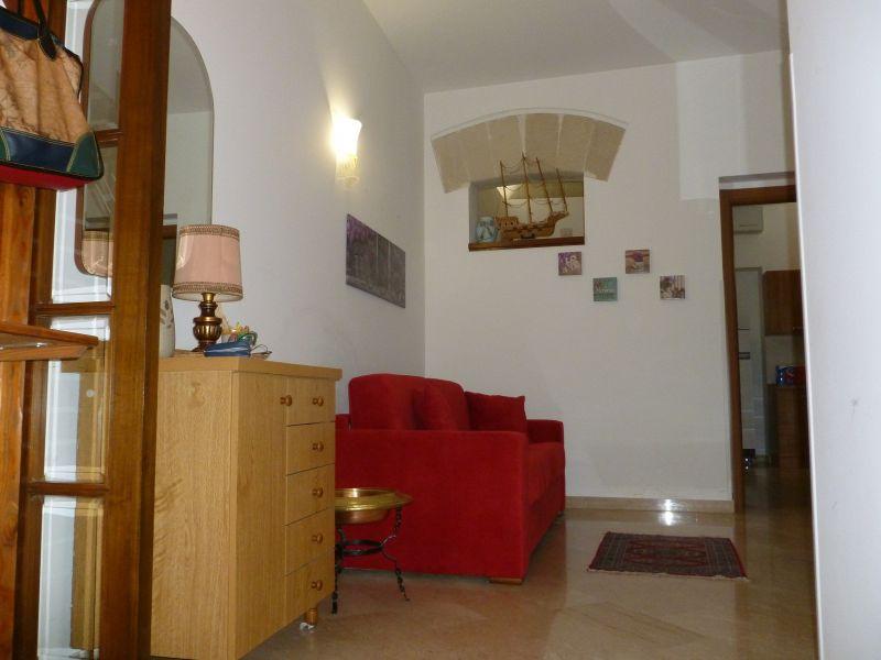 Entrata Affitto Casa 45733 Trapani