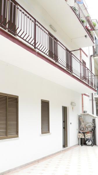 Vista esterna della casa vacanze Affitto Appartamento 47027 Villapiana