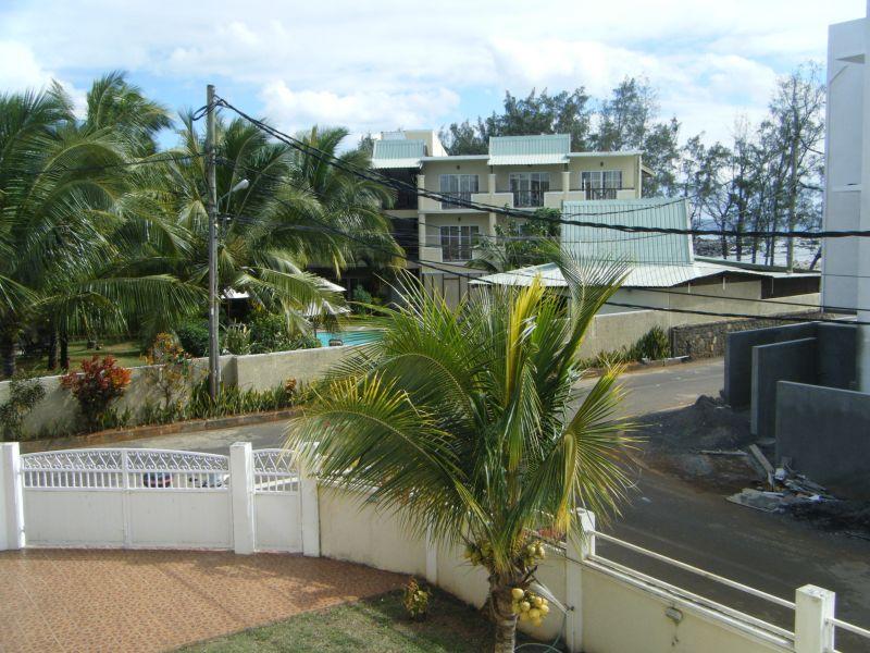 Vista dal terrazzo Affitto Appartamento 48721 Pointe Aux Piments