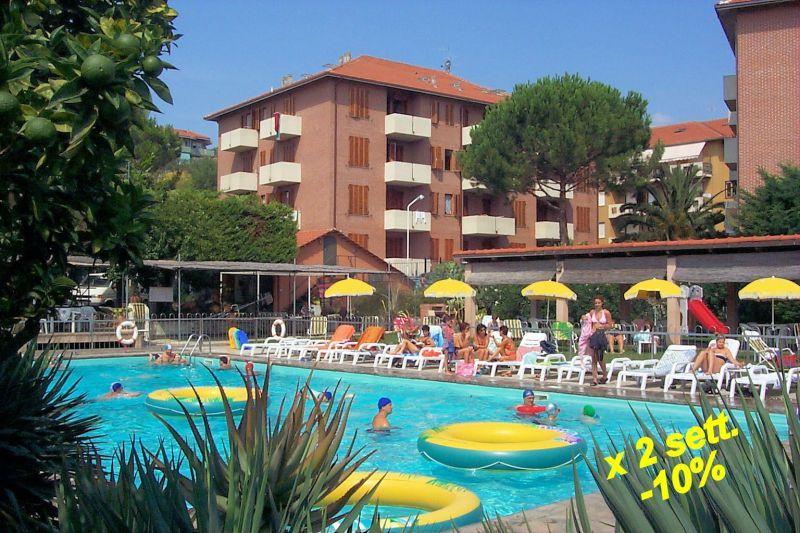 Vista esterna della casa vacanze Affitto Appartamento 50947 San Bartolomeo al Mare