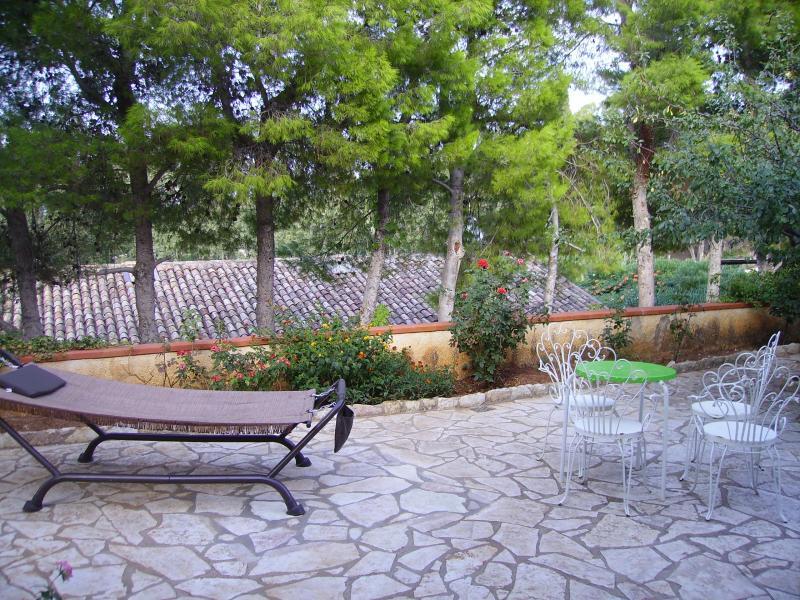 Giardino Affitto Villa  51889 Scopello