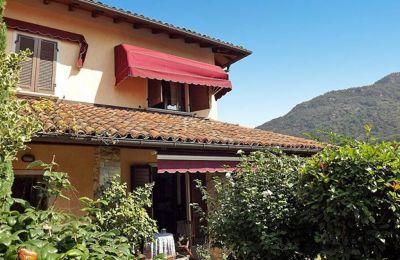 Vista esterna della casa vacanze Affitto Villa  52033 Verbania