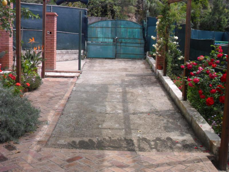 Parcheggio Affitto Villa  53470 Gaeta