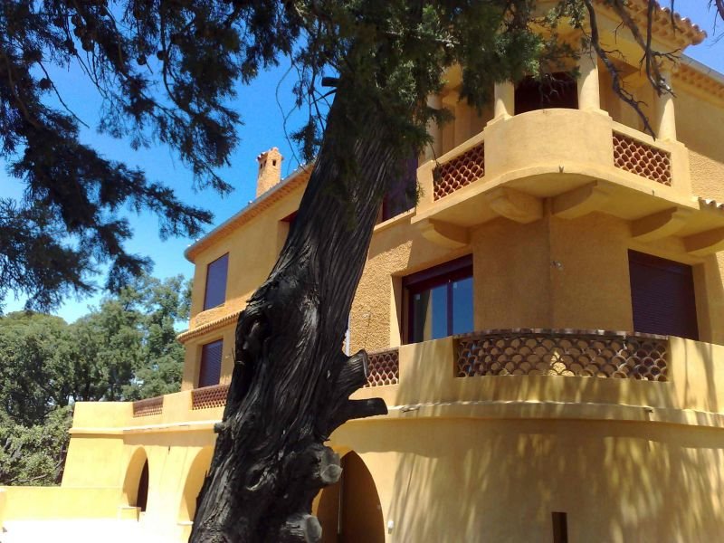 Vista esterna della casa vacanze Affitto Appartamento 54130 Saint Raphael