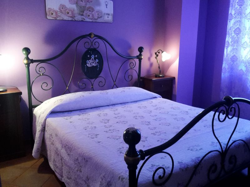 Camera 2 Affitto Villa  54358 Capo d'Orlando